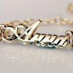 Золотое украшение с именем Анна