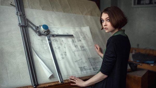 Девушка-архитектор
