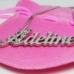 Металлическая подвеска с именем Аделина