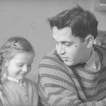 Роберт Рождественский с дочкой Катей
