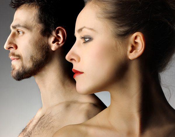 Мужчина и женщина в профиль