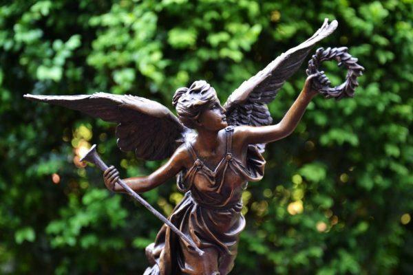 Богиня победы Ника