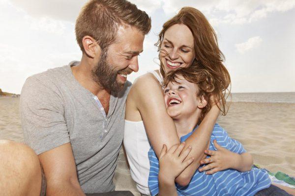 Муж и жена с сыном
