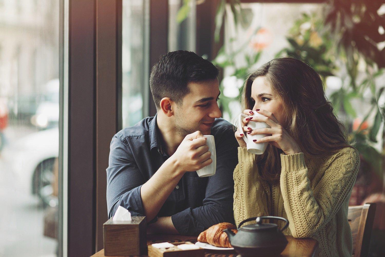В кафе влюбленные картинки