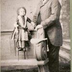 Паулина Мустерс со своим импресарио