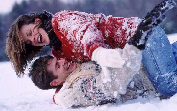 Влюблённые в снегу