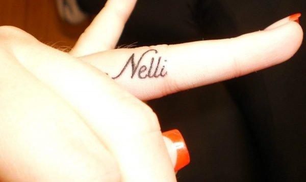 Татуировка с именем Nelli