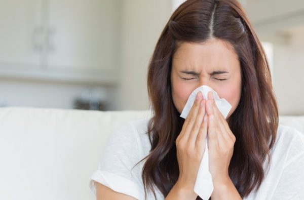 Женщина простудилась