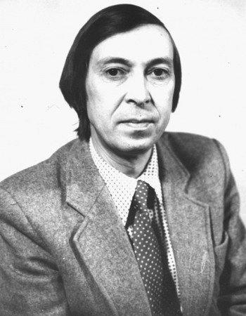 Аркадий Звездин