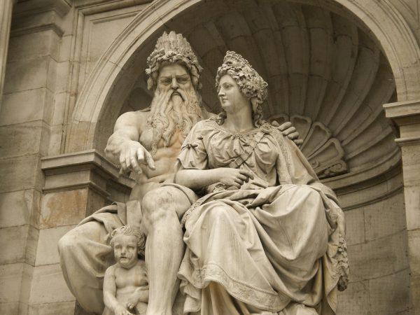 Античная статьуя — Зевс и Гера